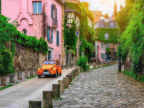 Paris streets small