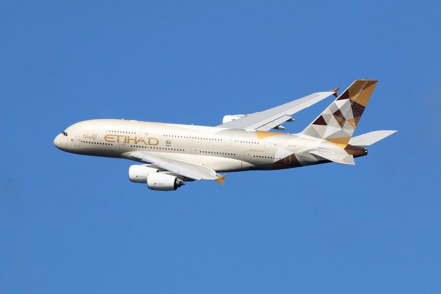 EY-Etihad-Airways.jpg