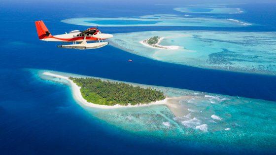 Sea-plane-flying-above-Maldives-islands-min
