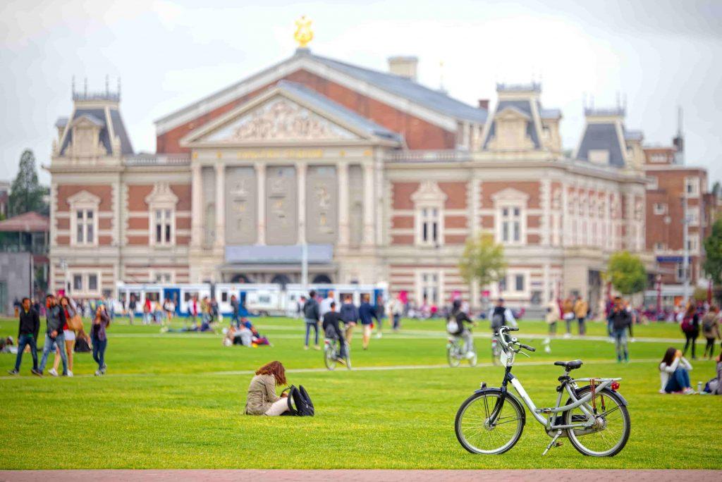 Museum-Quarter-Museumplein-in-Amsterdam-min