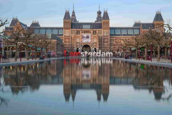 Rijksmuseum-with-I-Amsterdam-sign-min