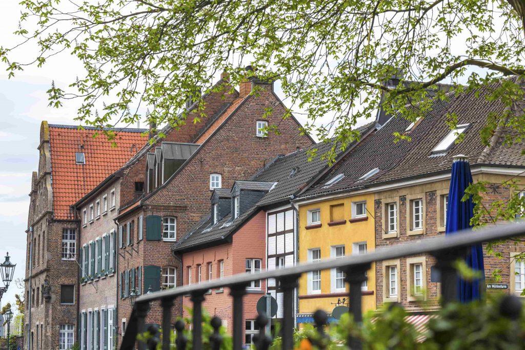 kaiserswerth-duesseldorf-min