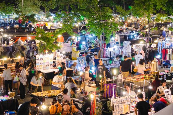 market-in-Chatuchak-Green-Park-min