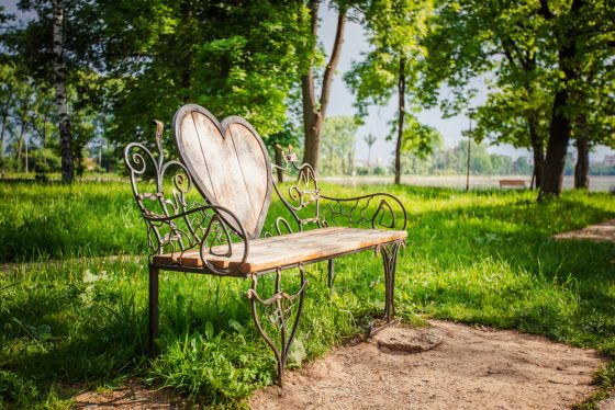 bench-with-heart-in-Ivano-Frankivsk