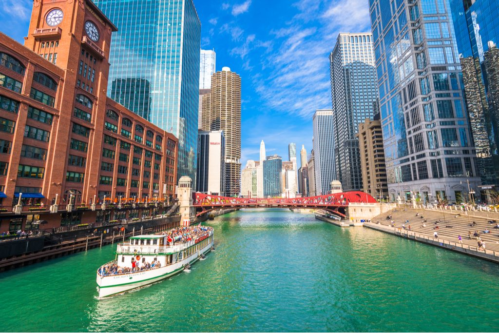 chicago-illinois-may-10-2019-river