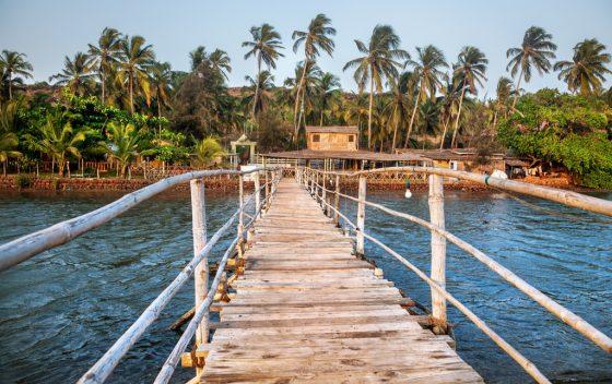 wooden-bridge-restaurant-resort-goa-india.jpg