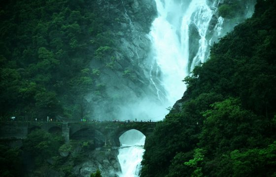 railway-bridge-dudhsagar-waterfalls.jpg