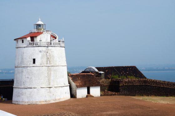 lighthouse-aguada-fortlocated-near-sinquerim-beachgoaportuguese.jpg