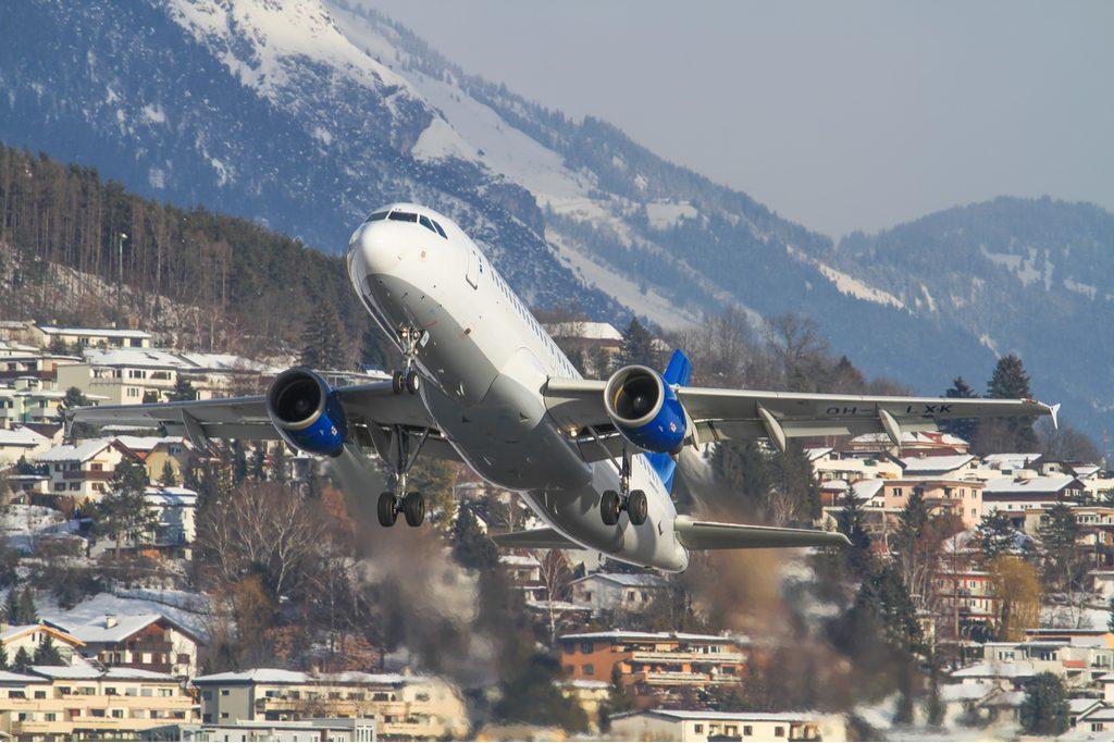 Innsbruck_airport.jpg