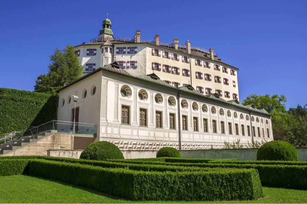 Innsbruck_castle.jpg