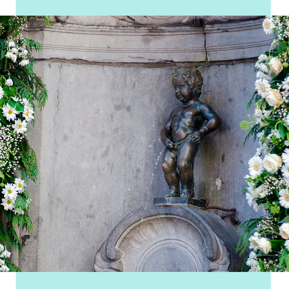 Статуя пісяючого хлопчика Брюсель Крейзі Лама